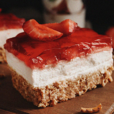 Strawberry Pretzel Salad